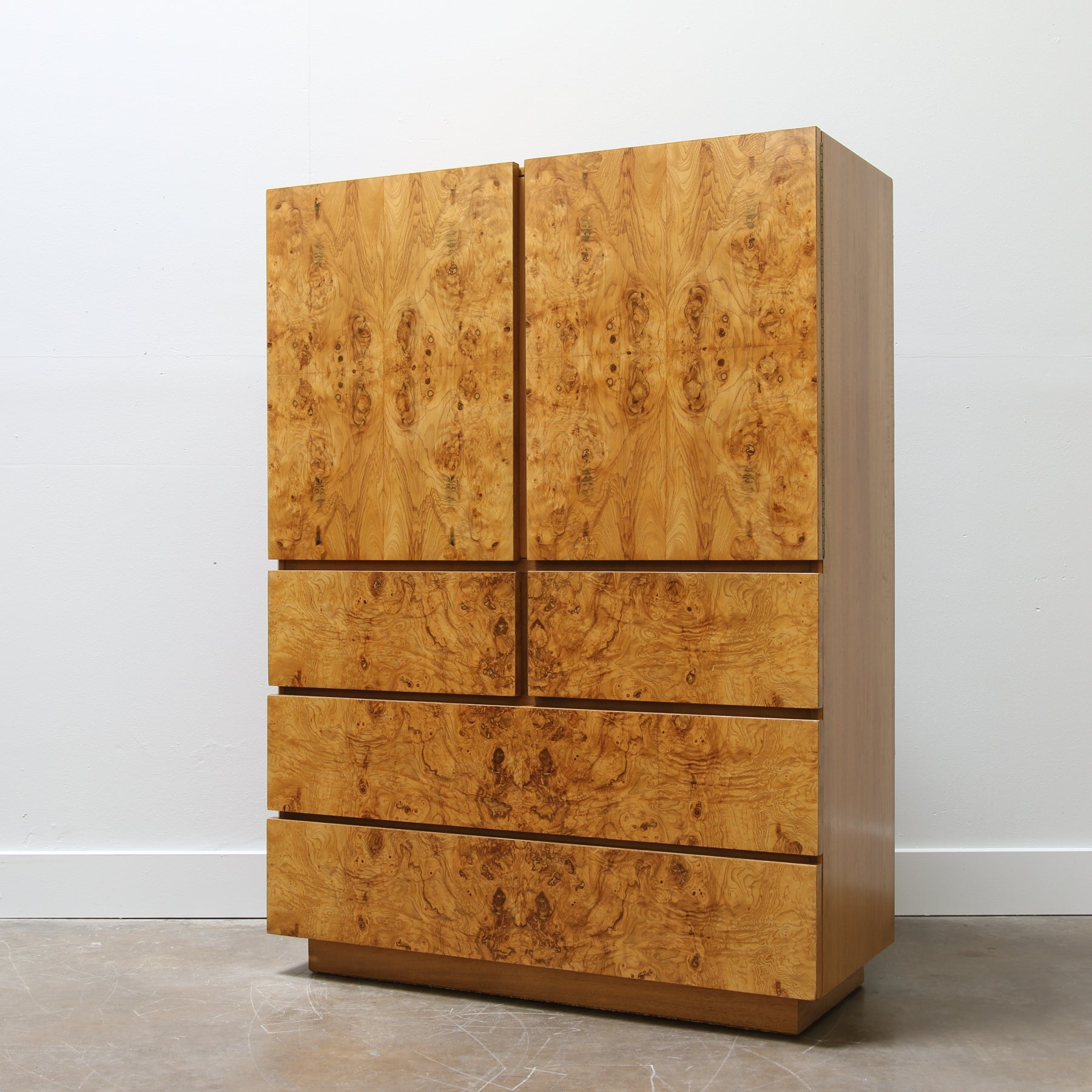 Merveilleux Burl Wood Chest By Roland Carter For Lane Furniture
