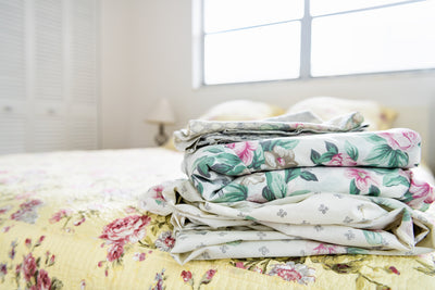 10 Surprisingly Cool Uses for Old Bed Sheets
