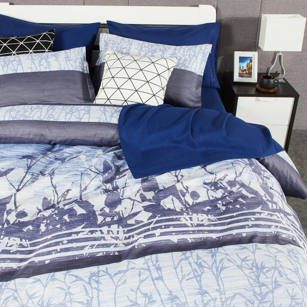 Lifestyle Marketplace Blue Foliage 3-Piece Duvet Cover Set