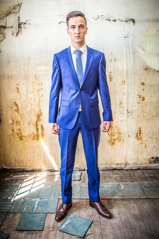 Daniel Hechter Royal Blue 100% Wool in Tailored Fit Suit