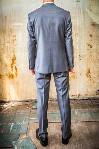Daniel Hechter Grey 100% Wool in Tailored Fit Suit