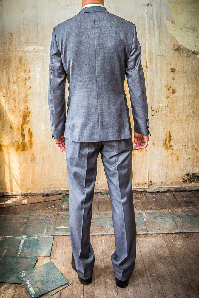 Daniel Hechter Grey Pic And Pic 100% Wool in Tailored Fit Suit