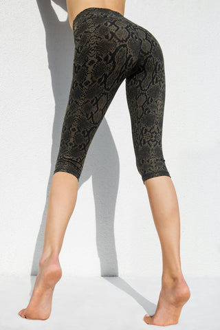 High Waist Capri Tights - Plain Black