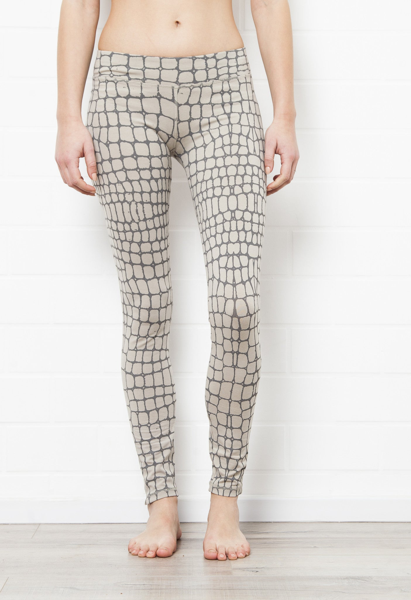 Grey Crocodile Leggings - Yoga Tights - FUNKY SIMPLICITY