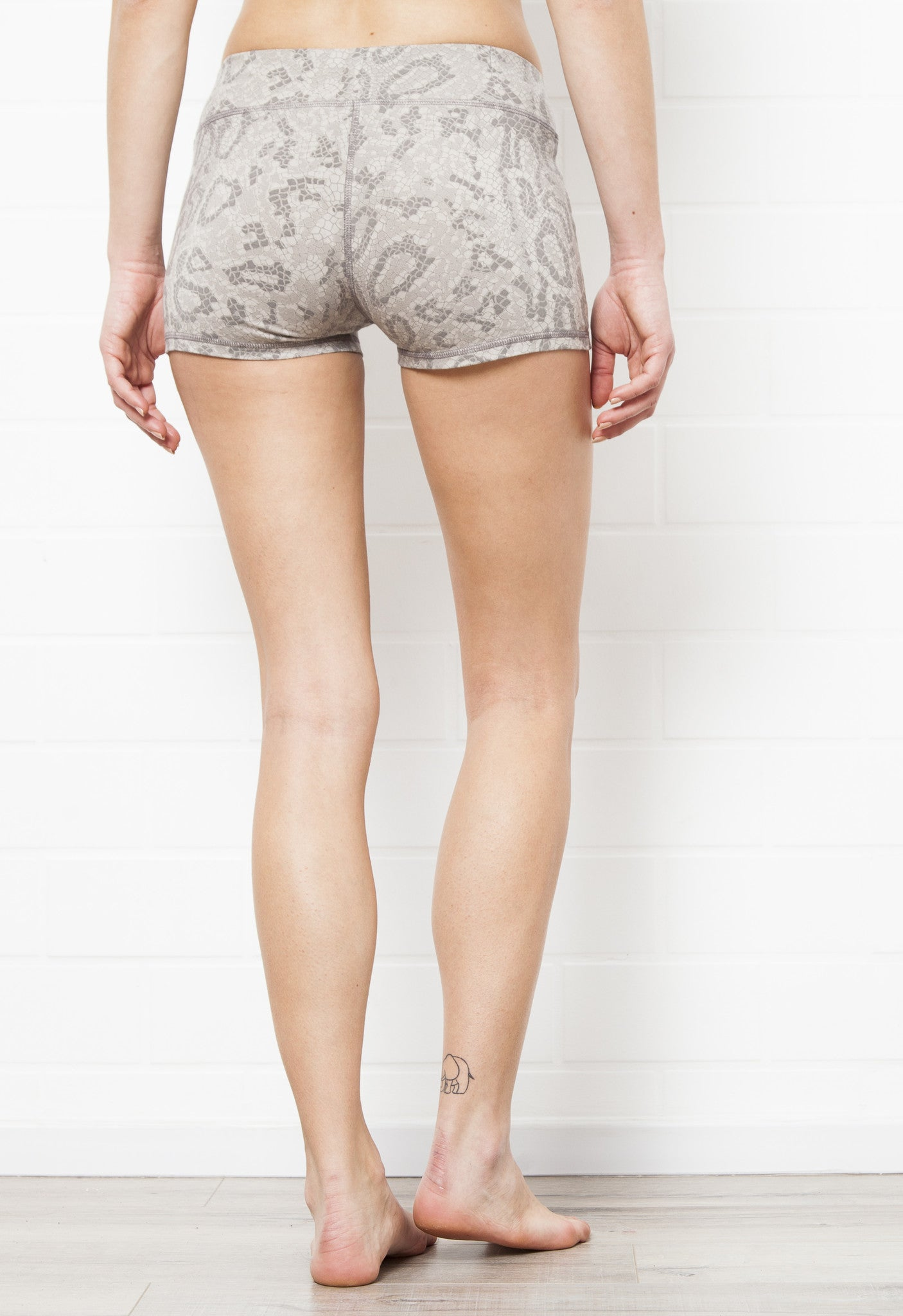Yoga Hotpants - Grey Dragon - Beach Shorts - FUNKY SIMPLICITY