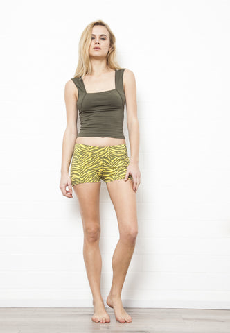 Yoga Hotpants - Giraffe - Beach Shorts