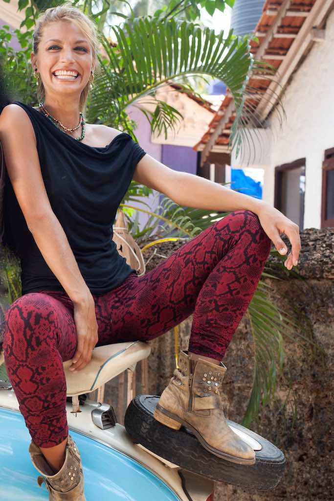 Snake Red Black Leggings Tight - FUNKY SIMPLICITY
