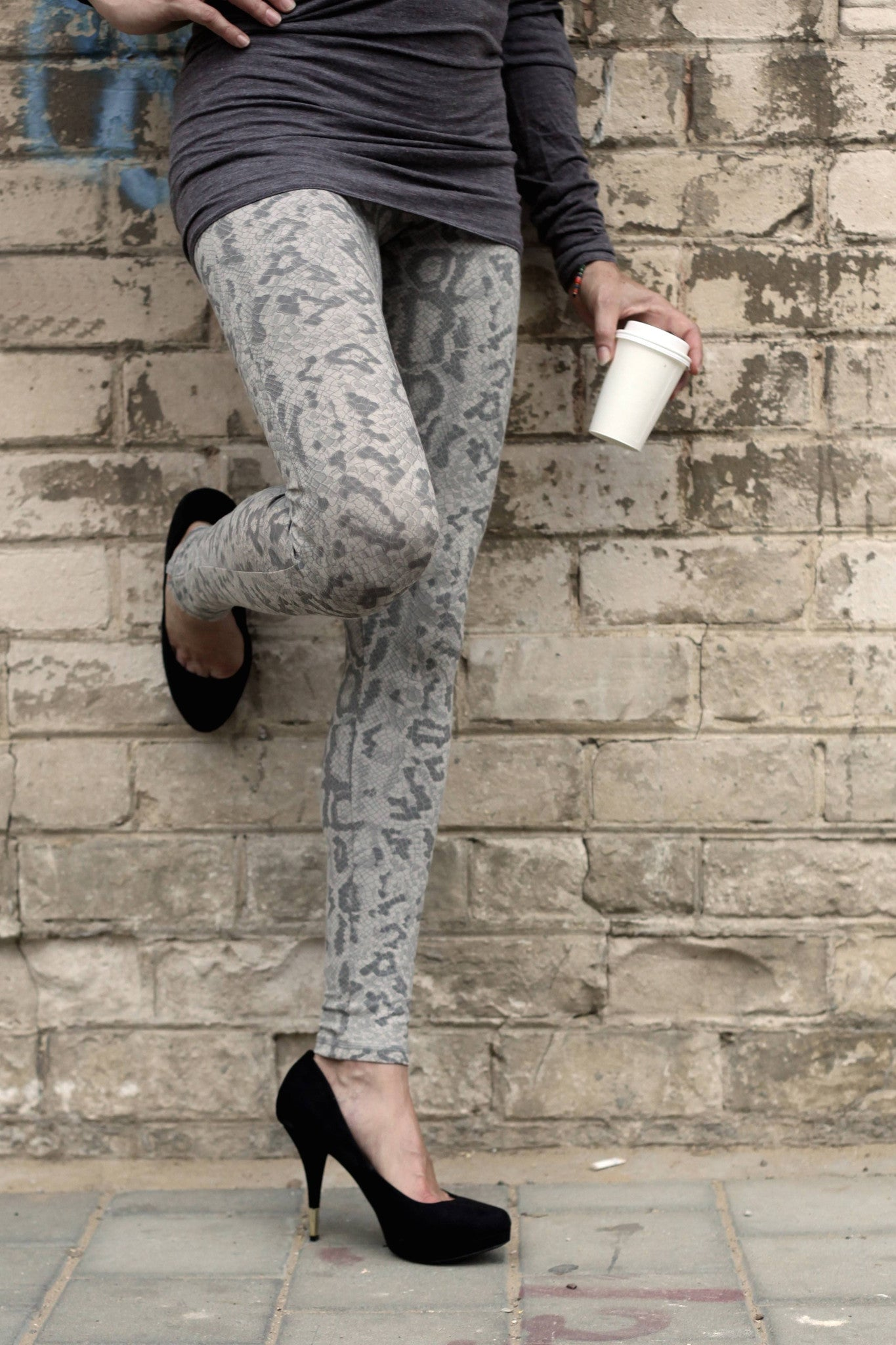 Dragon Grey Leggings Tight - FUNKY SIMPLICITY