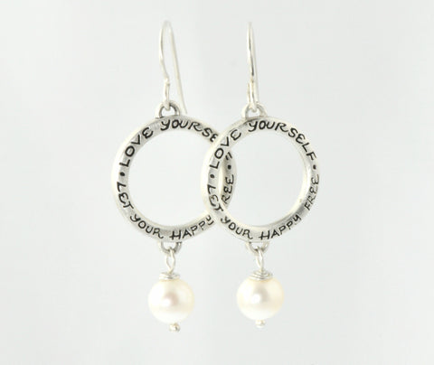 Small Earrings with Pearls