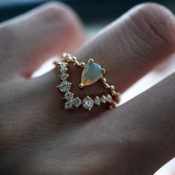 tippy taste jewelry opal drop ring