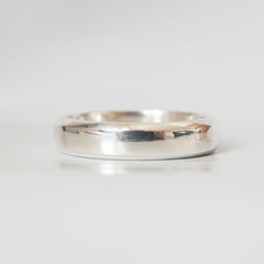 Chevron Beveled Ring Band in Silver, 5mm - Tippy Taste Jewelry
