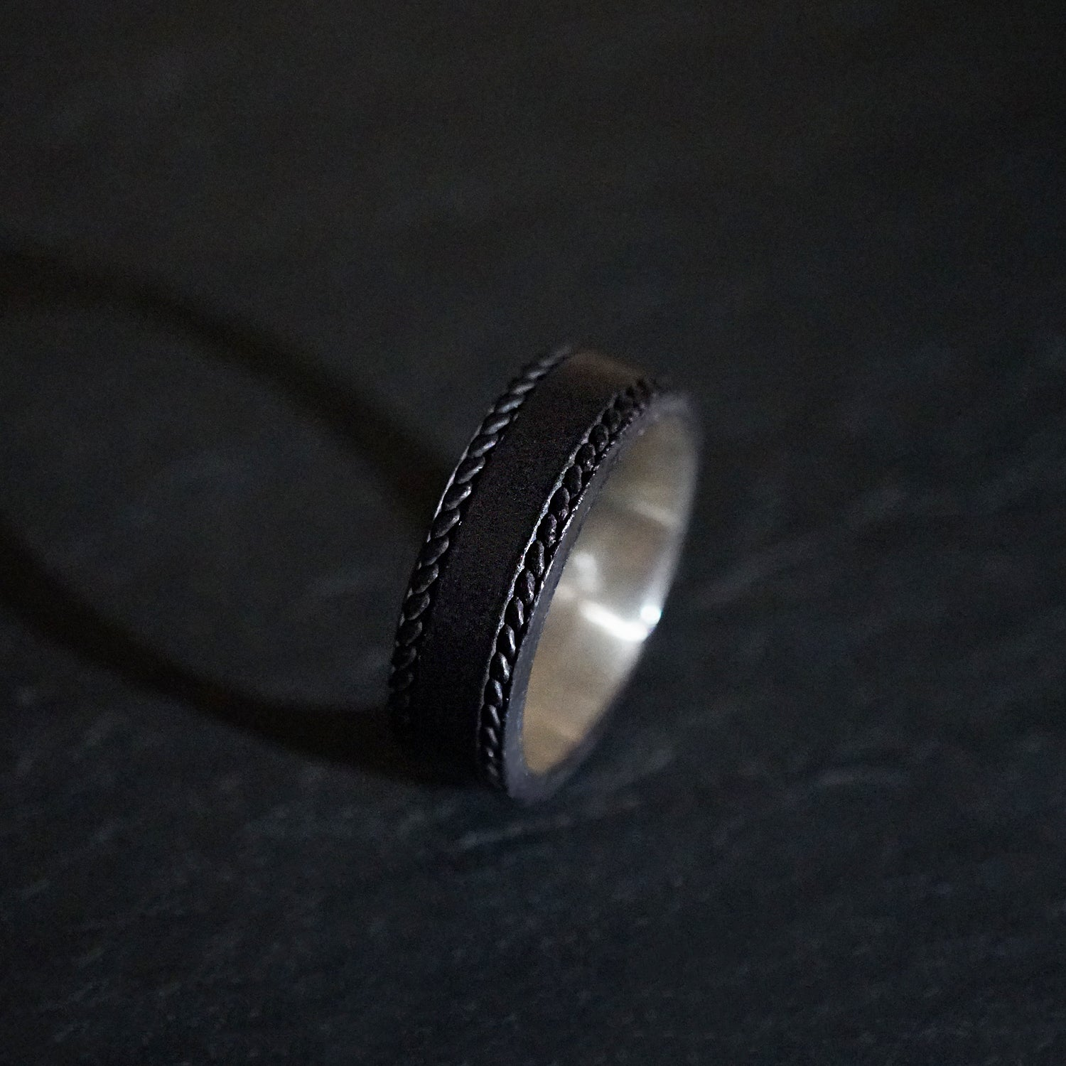 Metallic Grey Silver Twisted Ring - Tippy Taste Jewelry