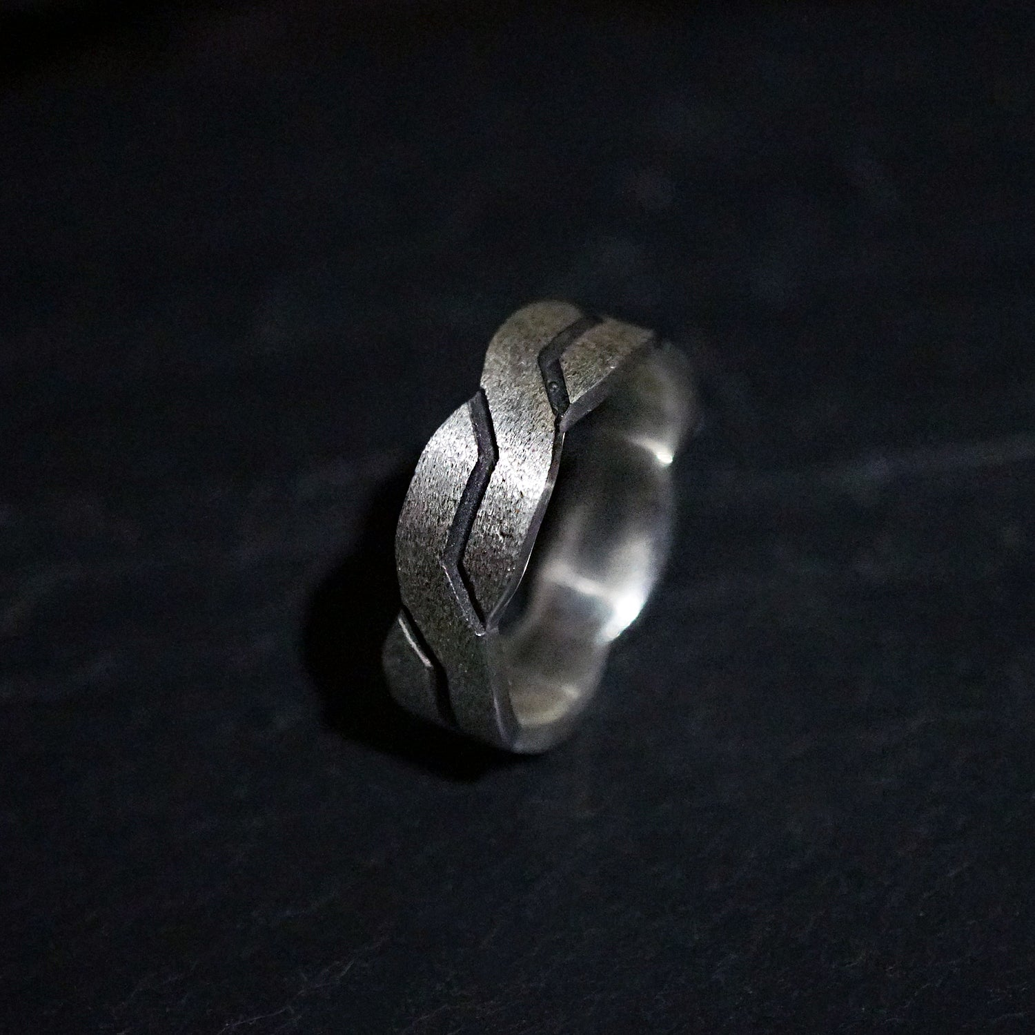 Zig Zag Ring, 7mm - Tippy Taste Jewelry