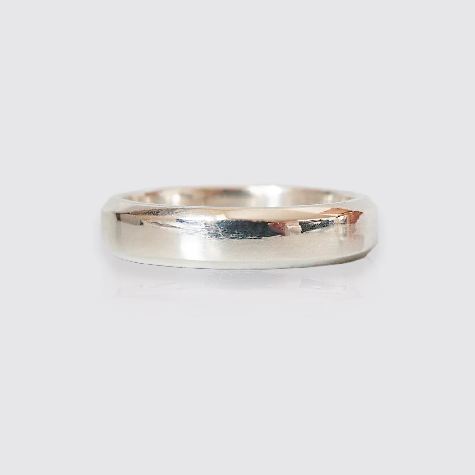 Chevron Beveled Ring Band, 5mm