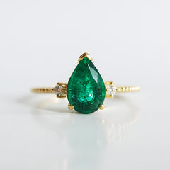 14K Royalty Emerald Pear Ring