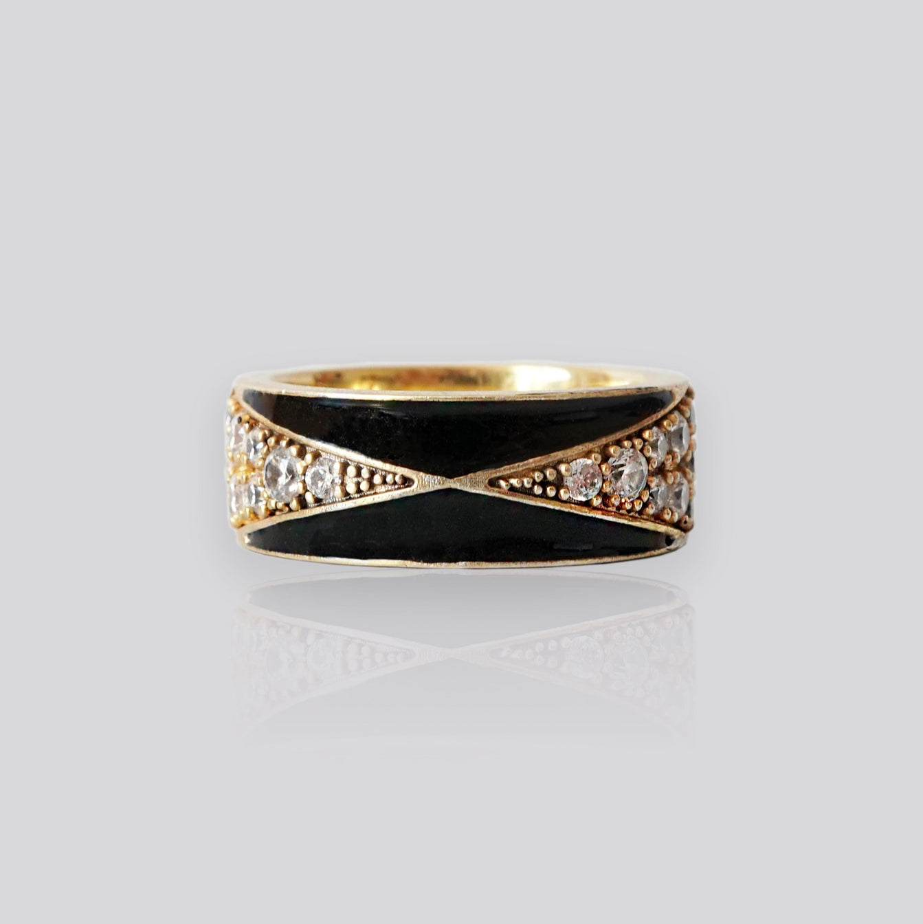 14K Enamel Diamond Ring