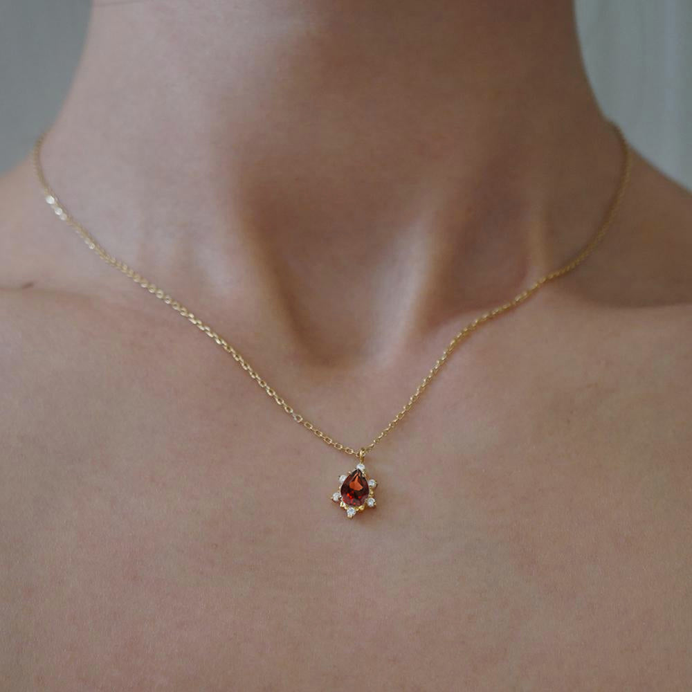 Garnet Crush Necklace - Tippy Taste Jewelry