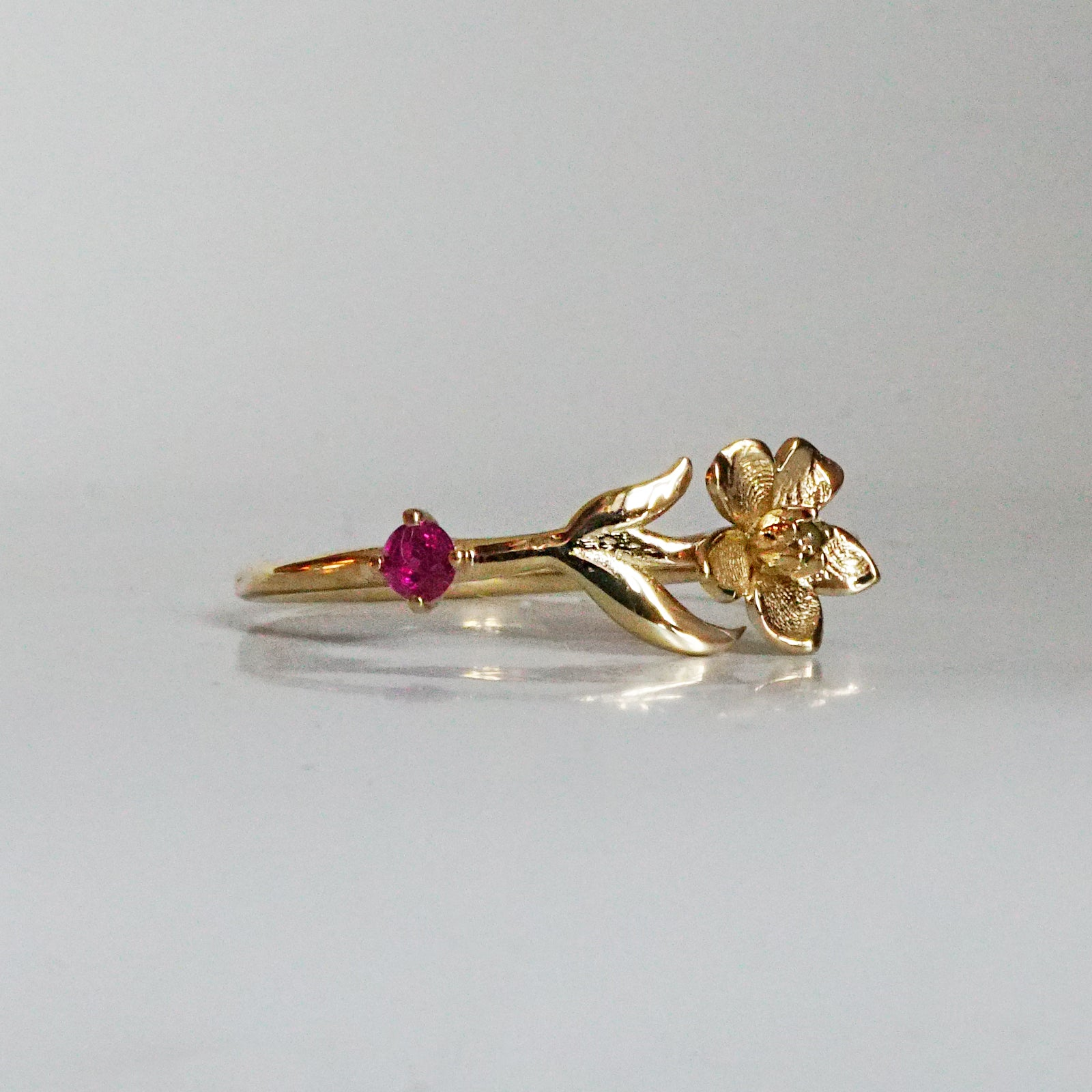 14K July Water Lily Birth Flower Ring