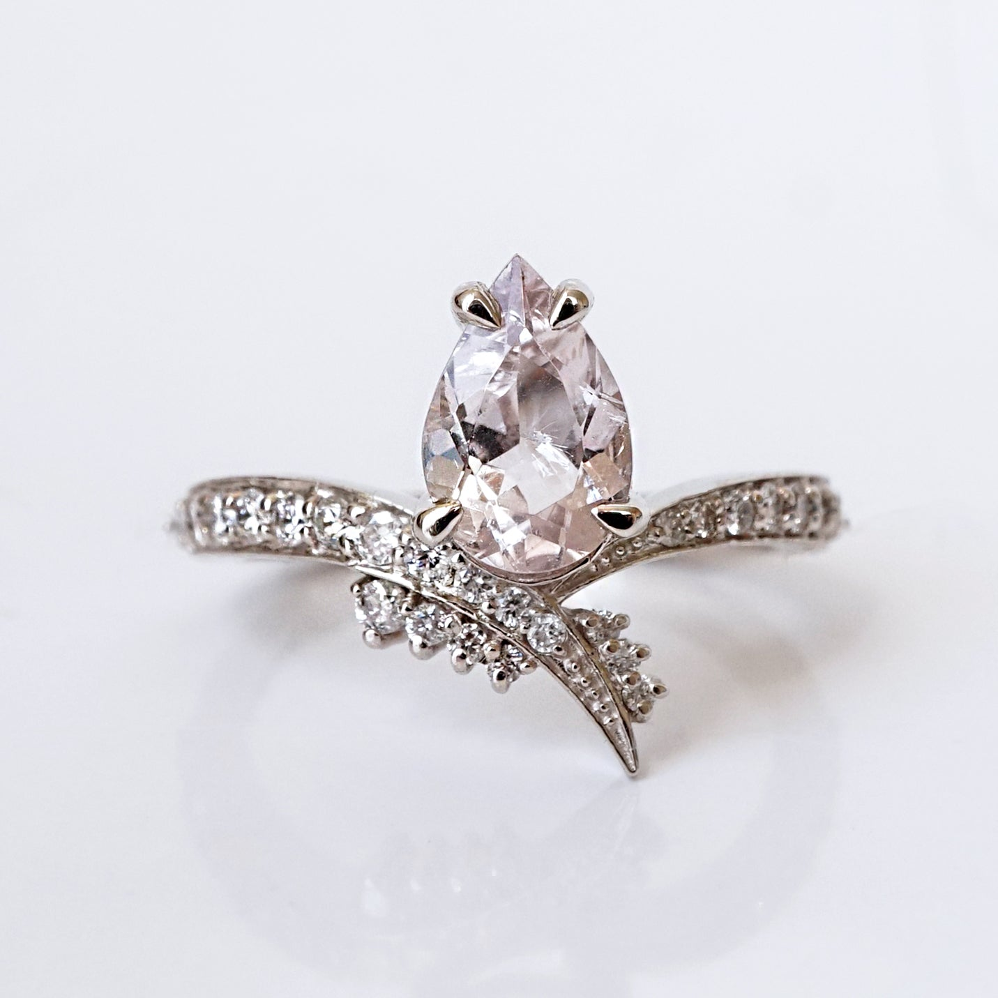 Manhattan Morganite Diamond Ring