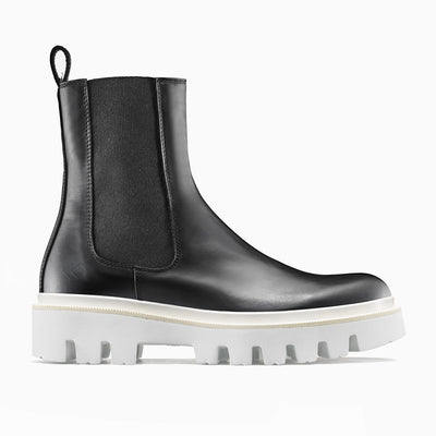Women's Leather Chelsea Boot in Black | Chelsea Onyx | KOIO