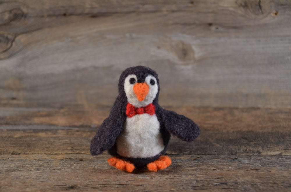 Load image into Gallery viewer, Presale Penguin Felting Kit