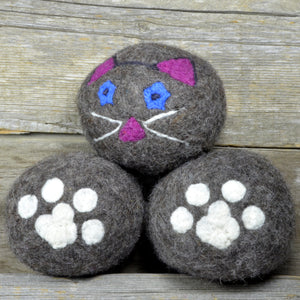 Cat dryer balls