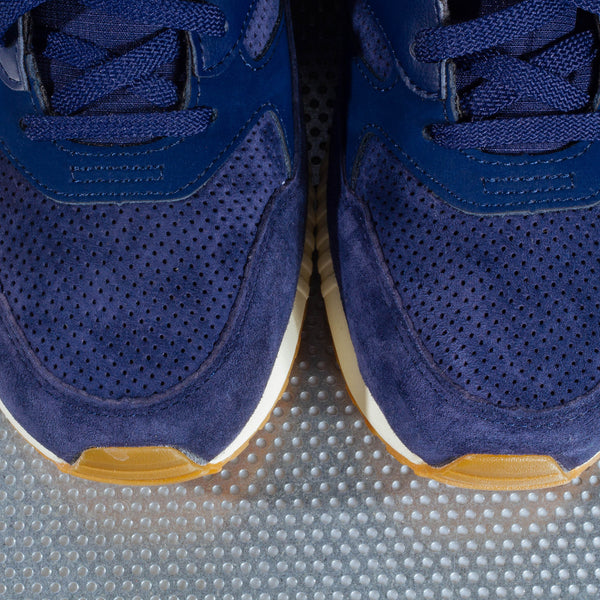 "New Balance 530 ""90s Running Solids"" - Navy"