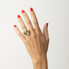 Riata 18k Gold Signet Ring | Women's Jewelry | cocheta.net