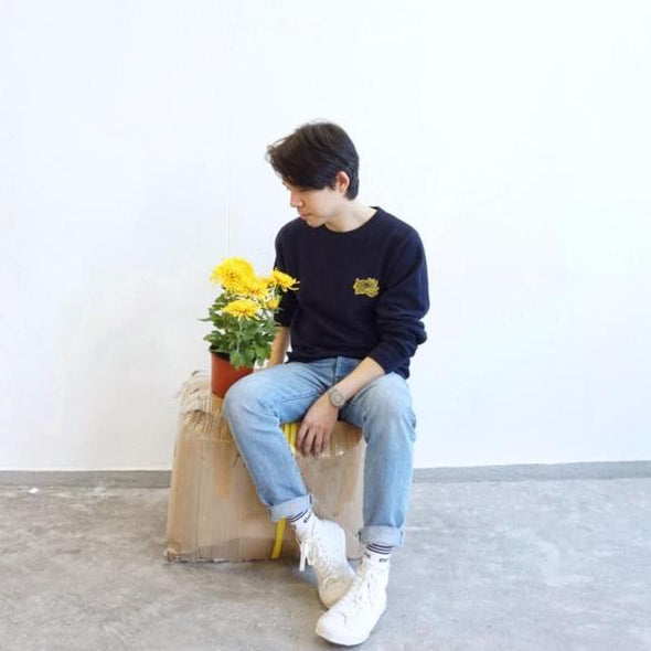 GLUE Flower Embroidery Pullover (BLUE)