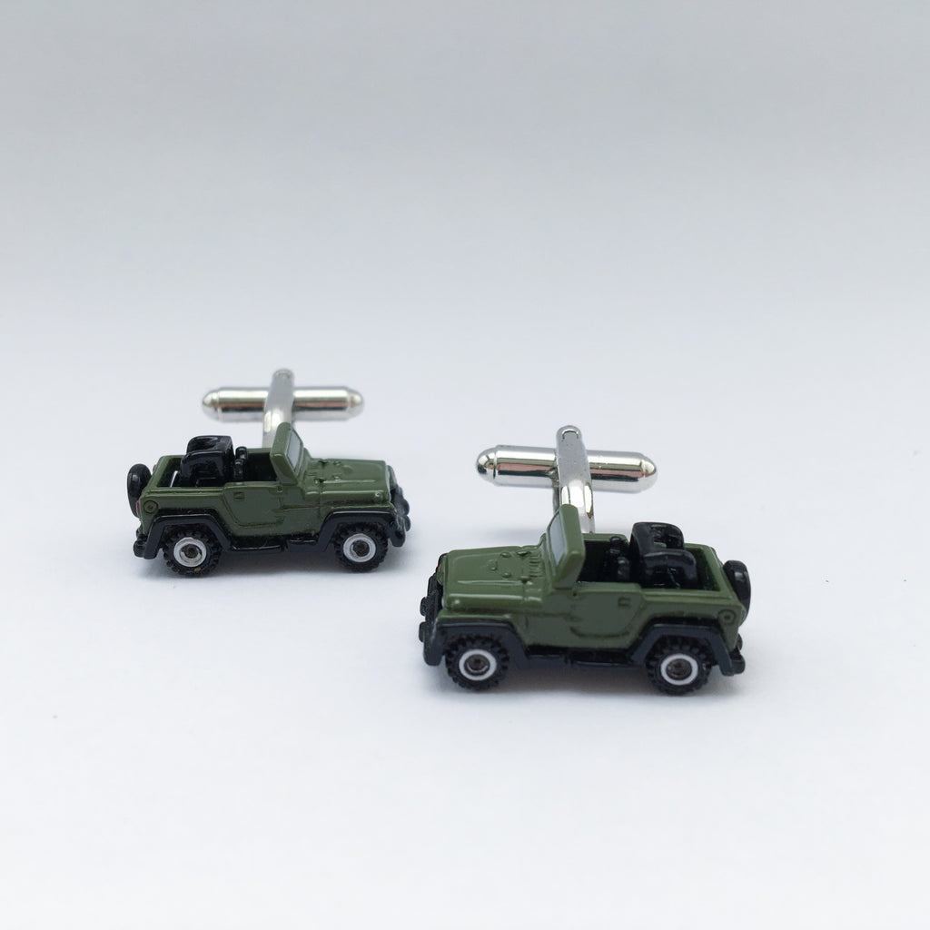 SPORT UTLITY VEHICLE CUFFLINK