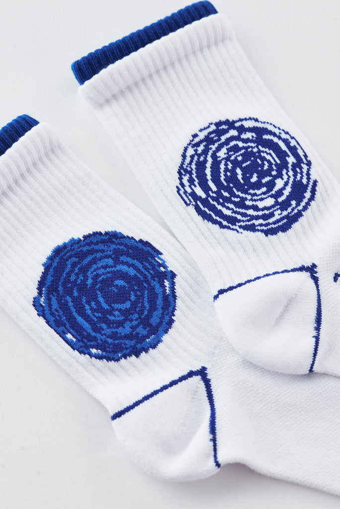 Nozzle Quiz Socks - Flower (Blue/White)
