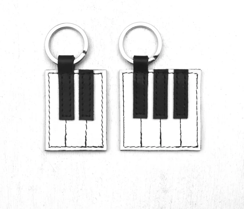 Herr Piano Key chain