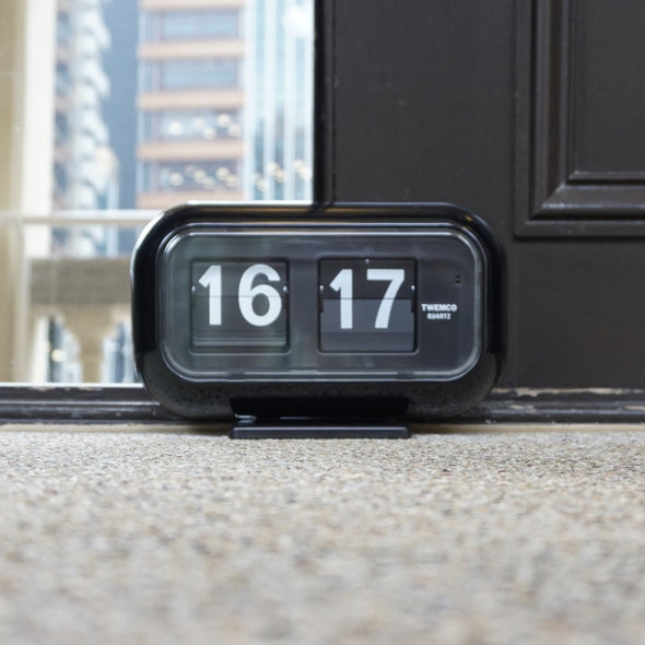 Twemco Table / Wall Flip Clock Black
