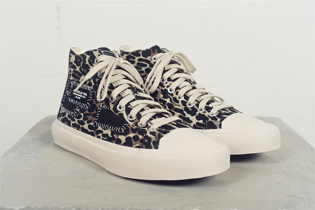 1008-03 | Leopard Linen Canvas