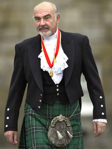 Sean Connery usando kilt escocesa