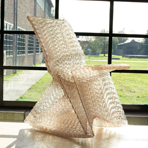 featured - Endless rocking chair made out of recycled material with a 3D print robot by dirk vander kooij