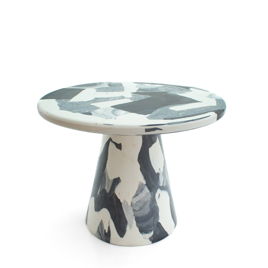 Monochrome side table Ø60x45 made out of recycled material by dirk vander kooij