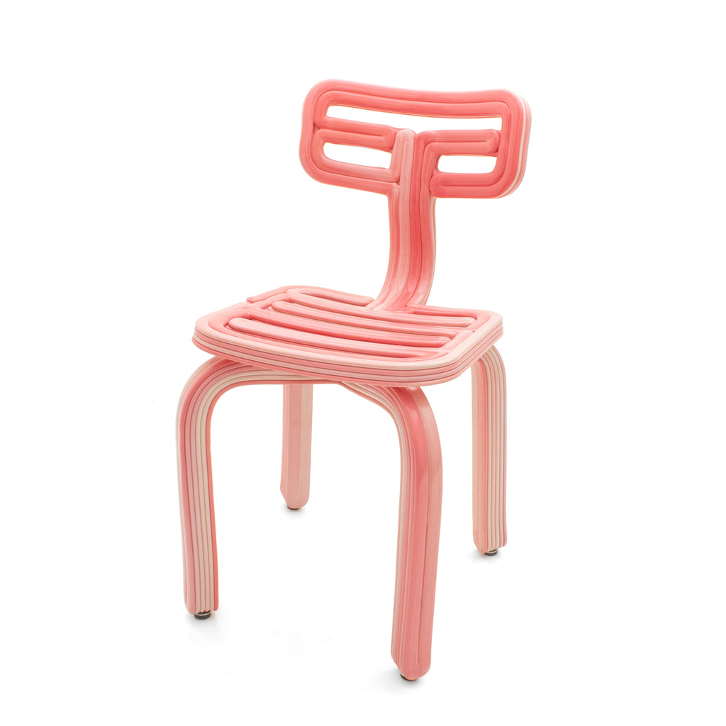 chubby chair pink made from recycled material with a 3D print robot by dirk vander kooij