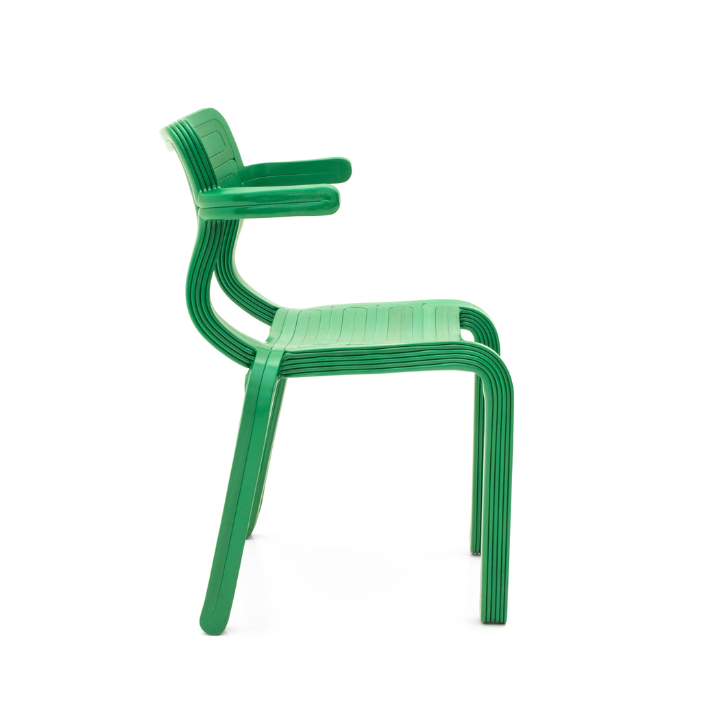rvr chair green made out of recycled material with 3d print robot by dirk vander kooij
