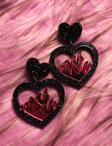 FLAME EARRINGS - SMALL PINK & BLACK