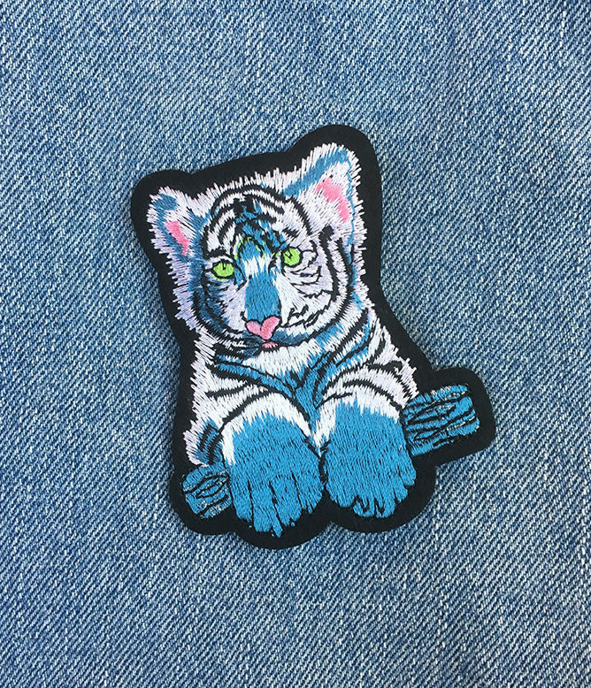 BABY WHITE TIGER PATCH