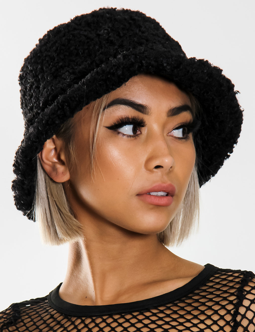 BLAZED FUZZY HAT - BLACK