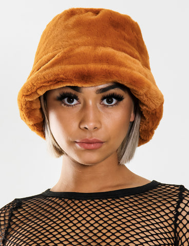 THE DEN FUZZY BUCKET HAT - TOFFEE