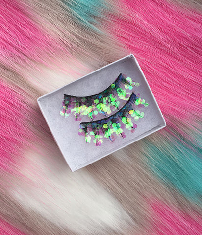 PINK MERMAID GLITTER LASHES *PRE ORDER*