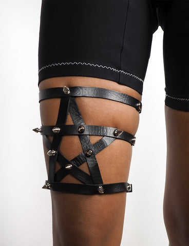 STUDDED STAR LEG HARNESS