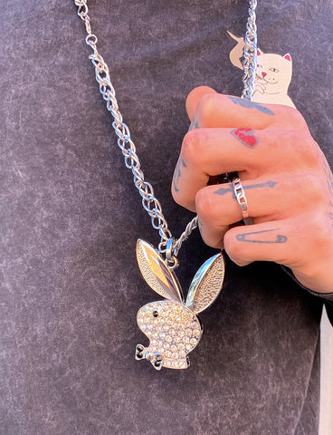 LUXE BUNNY NECKLACE