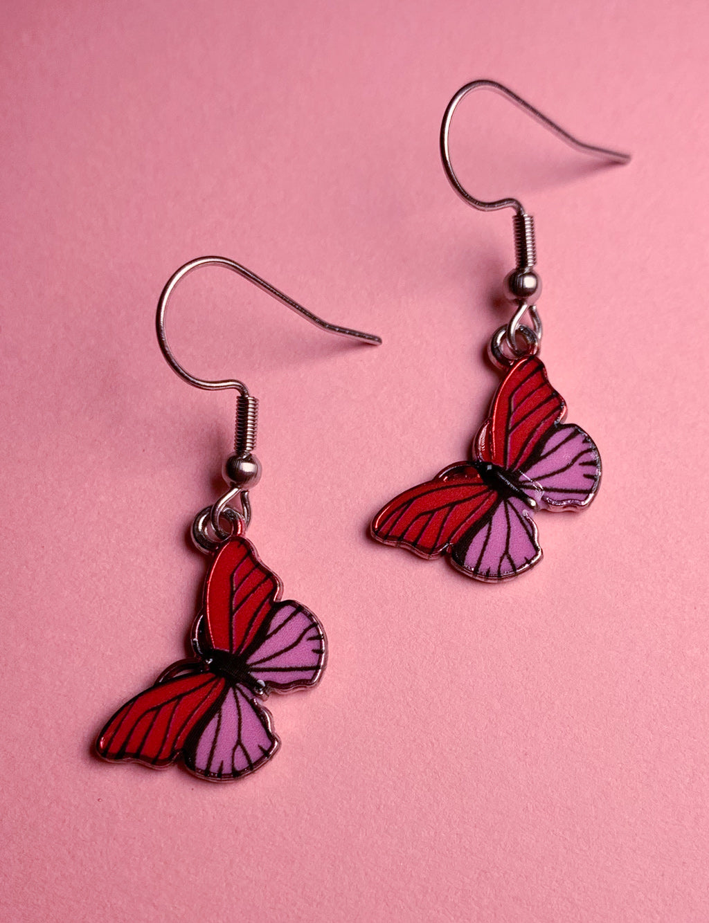MINI BUTTERFLY PENDANT EARRINGS