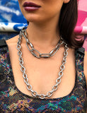 ON THE CORNER CHAIN NECKLACE