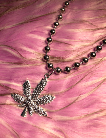 DRAZIC NECKLACE - WEED