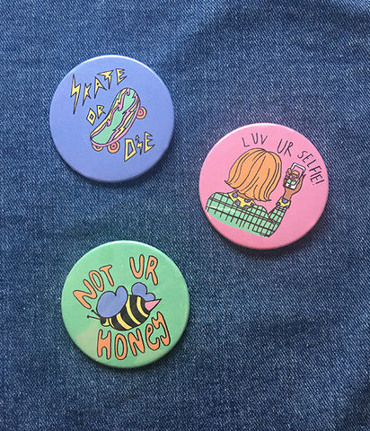 FUN AND PASTEL BADGES